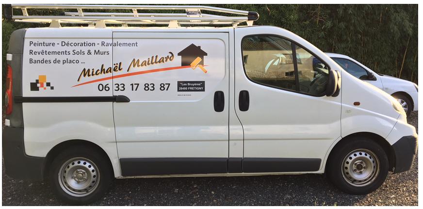 Michael Maillard | démoussage de toiture près de Chartres (28)